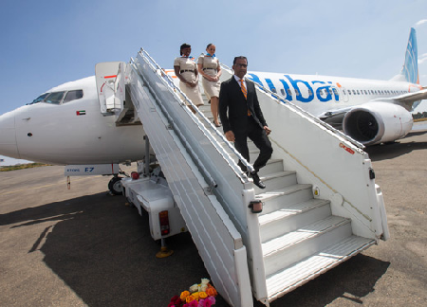 The flydubai delegation led by Sudhir Sreedharan disembarks in Asmara.
