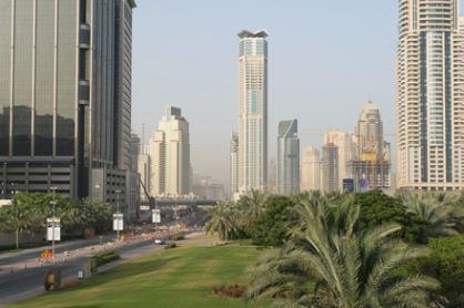 أثر النمو في قطاع الفنادق المتوسطة على الاستثمار