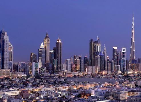 دبي تتوجه نحو الشرق